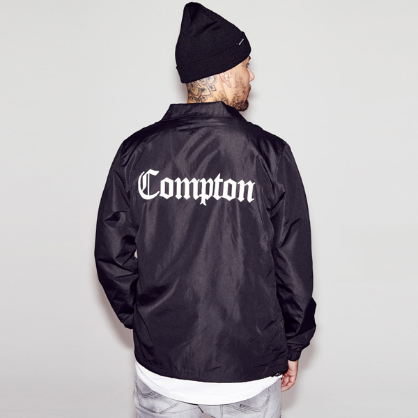 Mr. Tee Compton Coach Jacket black - Gangstagroup.hu - Online Hip ... 77b7ae9f40