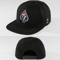 Dangerous DNGRS / Snapback Cap Pikwire in black