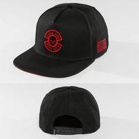 Thug Life / Snapback Cap International in black